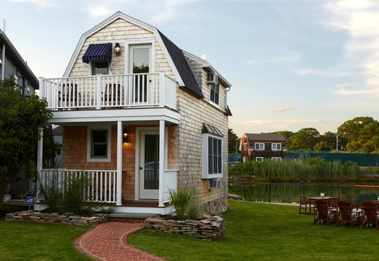 The Edgewater Inn: Cottage