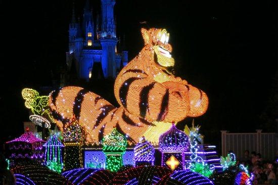 Tokyo Disneyland : 神燈變成老虎