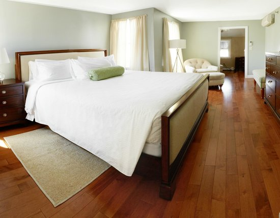 The Edgewater Inn: Lux Suite King