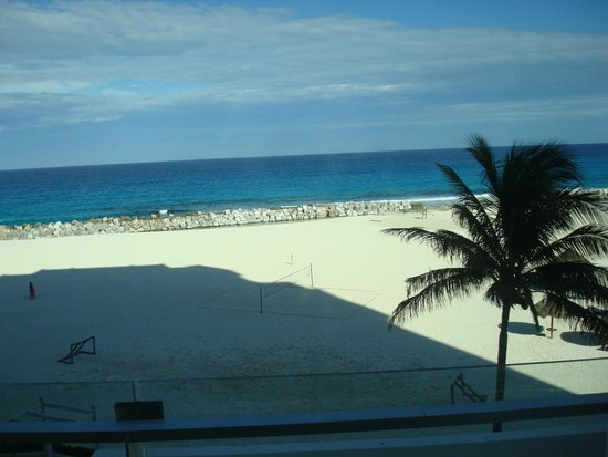 Krystal Grand Punta Cancun: praia bonita e calma