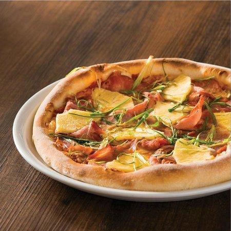Hawaiian Pizza Fotograf A De California Pizza Kitchen Ventura Tripadvisor