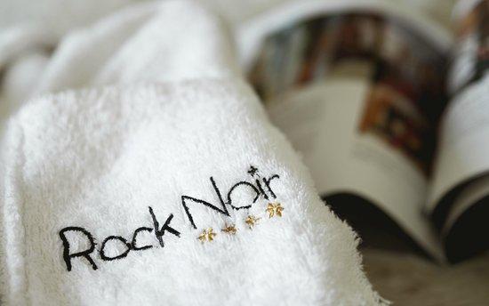 Rock Noir : peignoir chambre