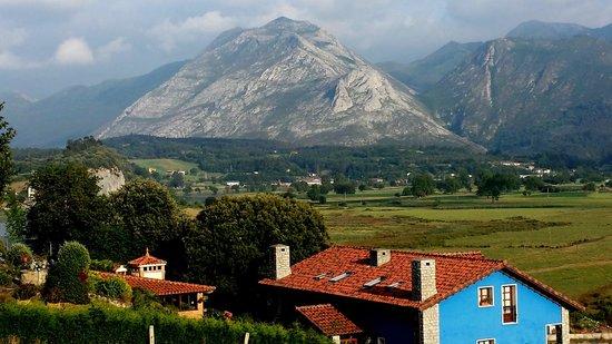 Alojamientos Rurales El Corberu: Apartamentos rurales El Corberu