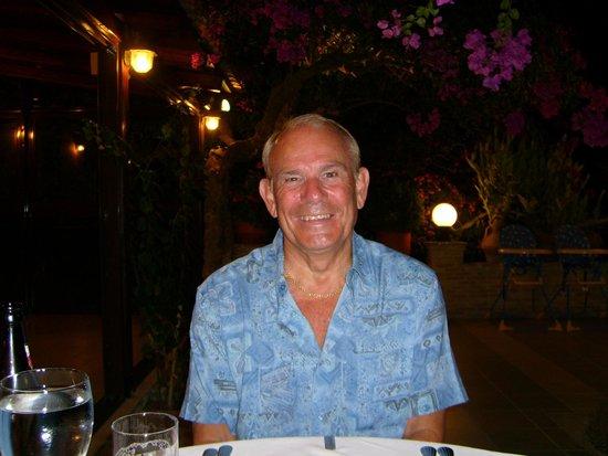 D & B's Bar & Restaurant: ALBY of WATFORD