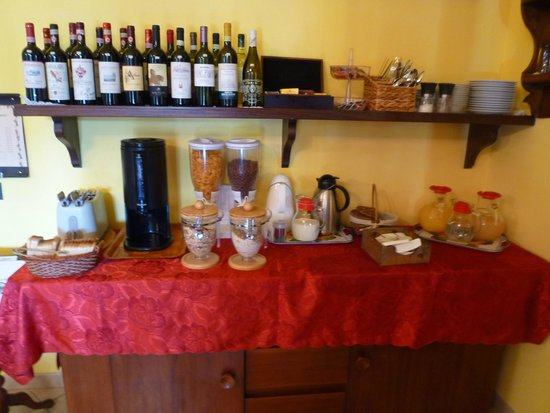 Villa Sant'Uberto Country Inn : Breakfast