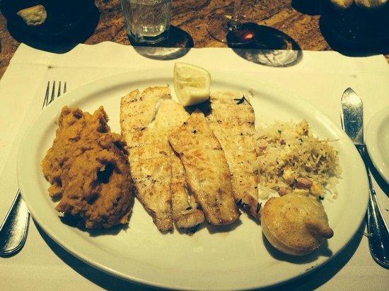 Figueira Rubaiyat : Muy rico el pescado con puré de calabaza y mascarpone!