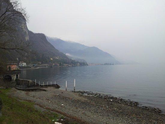 Grand Hotel Britannia Excelsior: Lac sous la brume