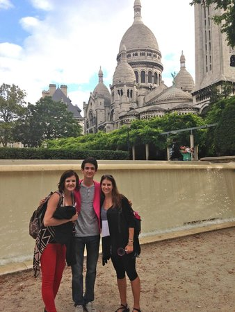 Discover Walks : Pierre took us to a non-tourist park to get a different view of Sacre-Coeur