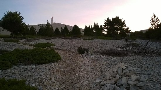 """Mont Ventoux : """"Plus que"""" quelques kms!"""