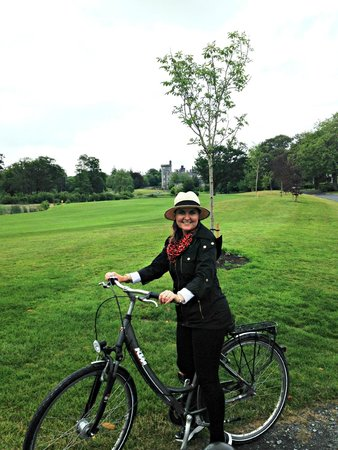 Dromoland Castle Hotel: Touring the castle grounds by bike