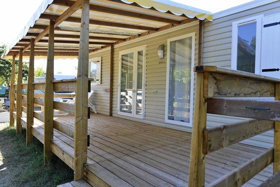 Camping Les Lacs : Mobil-Home 9