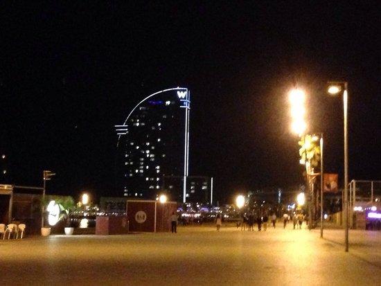 W Barcelona: Nice stroll near the hotel