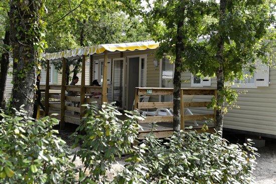 Camping Les Lacs : Mobil-Home 2