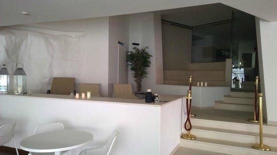 El Faro Hotel: Entrée de l'espace SPA