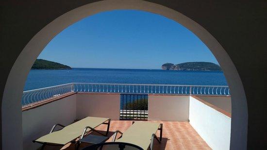 El Faro Hotel: Terrasse privée de la Suite Junior