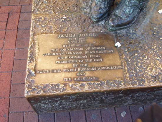 James Joyce Statue: James J