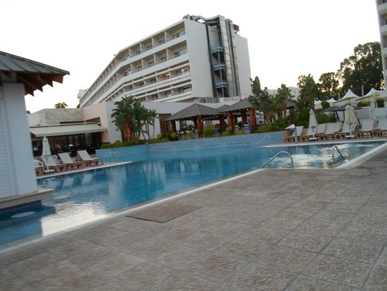 Atlantica Miramare Beach: family pool