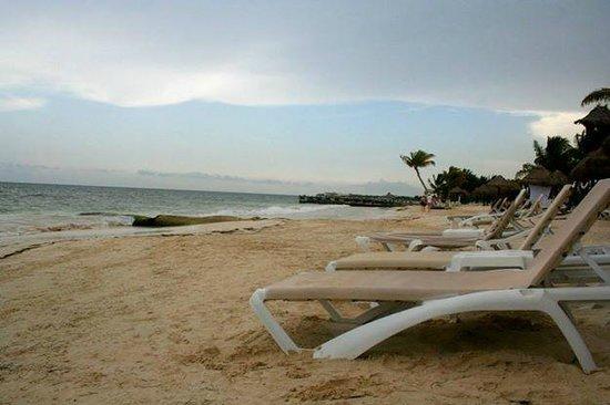 Secrets Capri Riviera Cancun: Secrets beach area