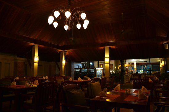 Samui Buri Beach Resort : resto la nuit
