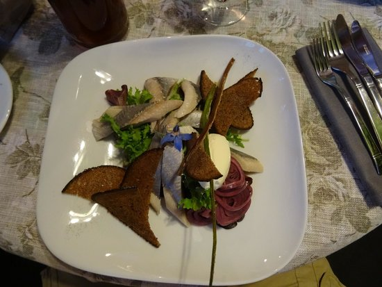 Cemodans: Herring fillet  Baltijas siļķes fileja