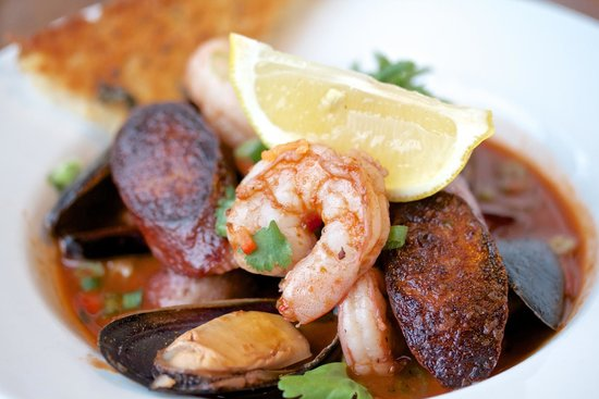 Stickleback West Coast Eatery : Chicken, Prawn, Mussels and Sausage Jambalaya