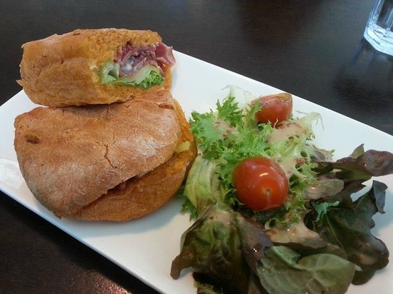 Royal Selangor Visitor Centre: Smoked beef in a toasted panini