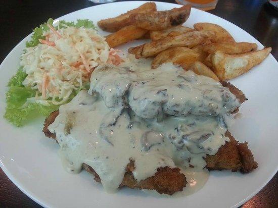 Royal Selangor Visitor Centre: Chicken Schnitzel with Mushroom Sauce