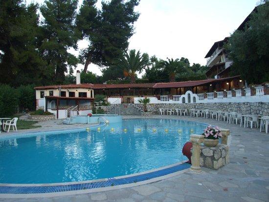 Kassandra Bay Hotel: Pool view