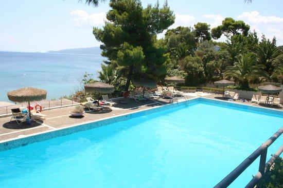 Hotel King Saron : Piscine