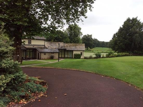 St. Pierre Marriott Hotel & Country Club: Lingfield Block in Lakeside Village