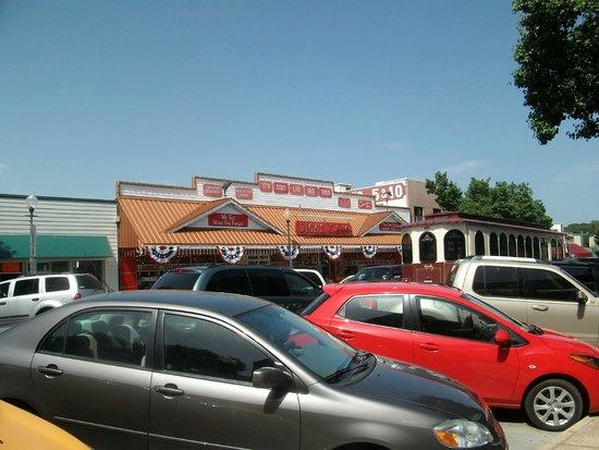 Great store in the area foto di branson landing branson