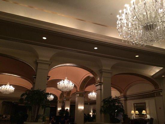 Omni Shoreham Hotel: The looks