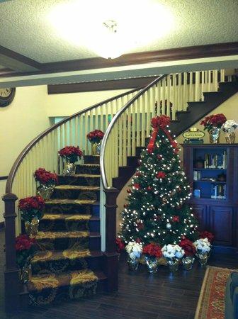 Country Inn & Suites by Radisson, Port Orange-Daytona, FL : Lobby Christmas Holiday
