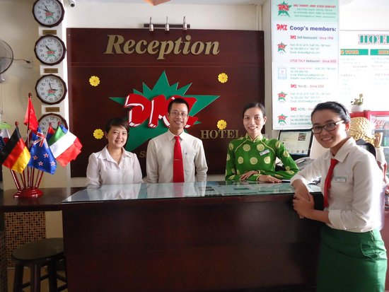 DMZ Hotel: Friendly and kind Hotel Manager and Staffs