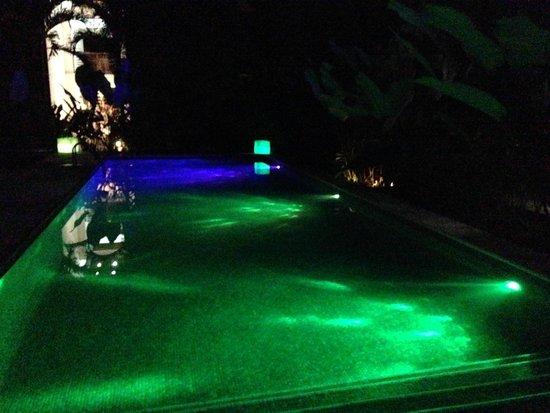 Le Cameleon Boutique Hotel: piscina