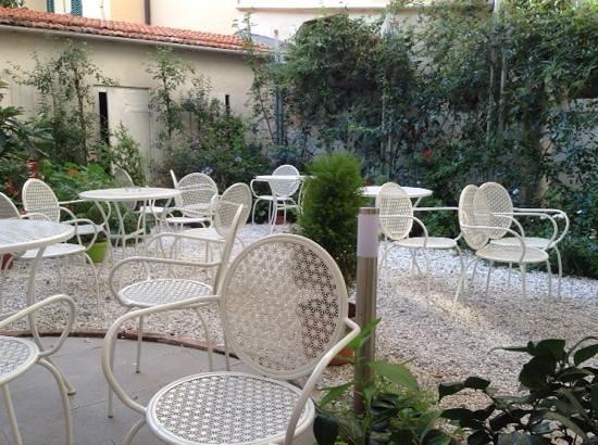Leonardo Gelateria-Caffe: посетитель