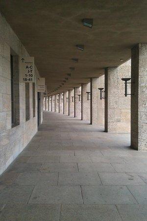 Olympiastadion Berlin: Outside the stadium