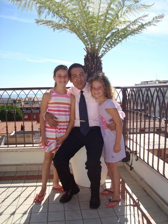 Hotel Boracay Alba Adriatica: Paolo con Francesca&Carlotta