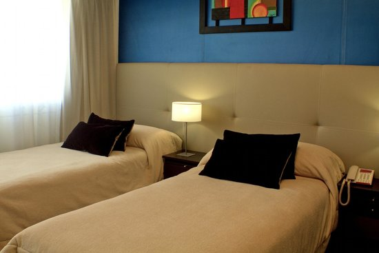 Ker Urquiza Hotel & Suites: Habitacion twin