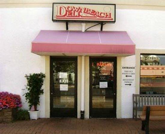 Downbeach Deli & Restaurant: Downbeach Deli.