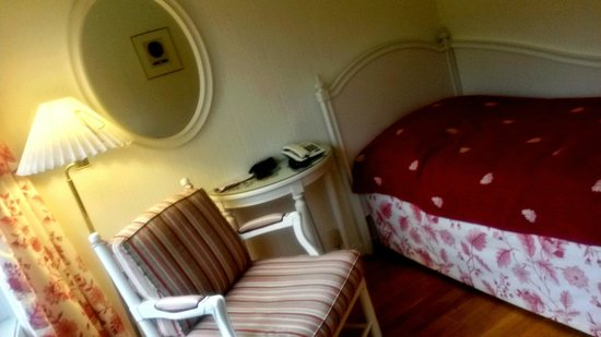 Stalheim Hotel: 3rd floor single room - No TV