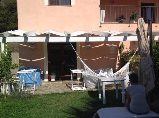 Bed and Breakfast  Casa Mia: il patio dove si fa colazione