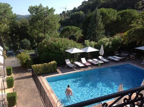 Hotel Les Vergers de Saint- Paul: pool