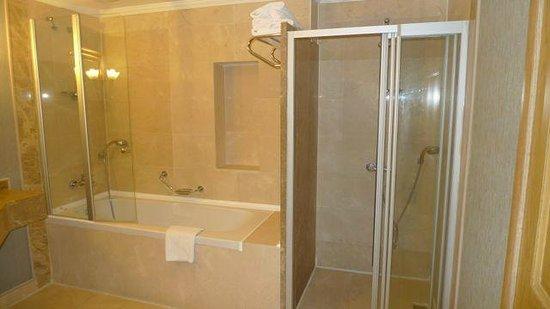 Amara Dolce Vita Luxury: Ванная комната.