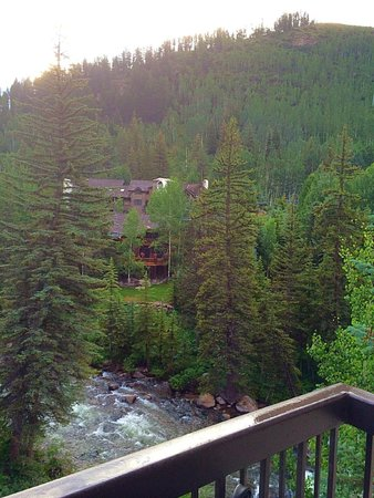 Vail Cascade Resort & Spa: Beautiful view from our room. Presidental Suite.