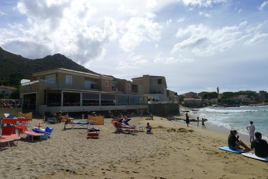 Hotel Serenada : La terrasse du restaurant et la vue de l'hotel