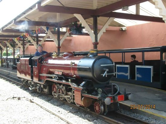 Ravenglass and Eskdale Railway: Another engine