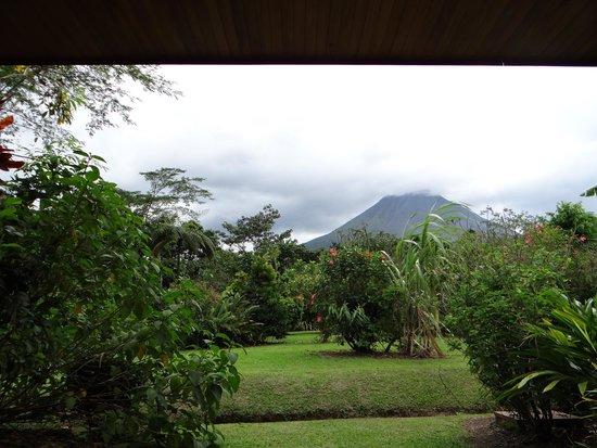 Volcano Lodge & Springs: vista camera