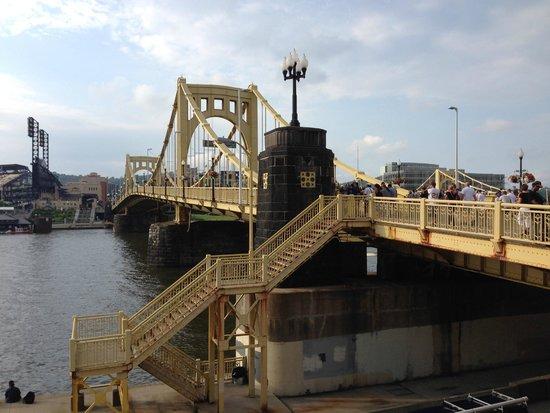 PNC Park : Bridge entering the park