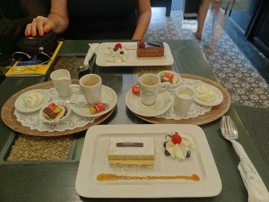 Tea-room De Proeverie: Bene il cioco male la vaniglia.